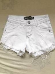 Short Branco tamanho 38 (veste P)