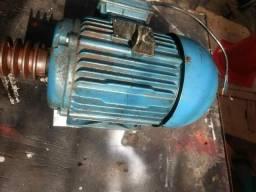 Motor trifásico 4 Hp 1720 rpm