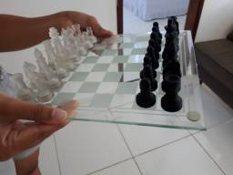 Jogo de xadrez em acrílico