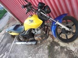 Honda CG 150 dan esi