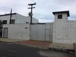 Alugo galpão Rua Claudino dos Santos, Afogados-Recife-Pe.CEP- 50750-030