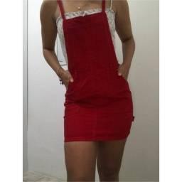 Jardineira Jeans Vermelha da Forever 21