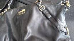 Título do anúncio: Bolsa Coach preta couro