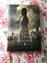 Livro The Kiss of Deception - Mary E. Pearson