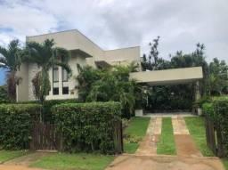 Linda casa localizada em condomínio fechado de Aldeia   Oficial Aldeia Imóveis