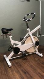 Bicicleta ergométrica avaliação física