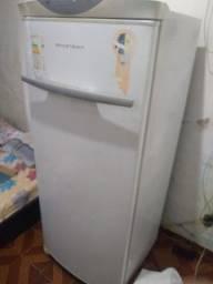 Vendo freezer frost free Brastemp