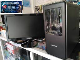 Computador com monitor de 20 polegadas