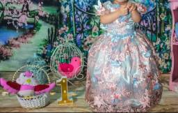 Título do anúncio: Vestido luxo infantil