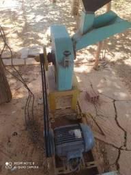 Máquina para fabricar ração