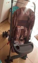 Carrinho de passeio para bebê e ganguru