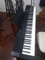 Piano Profissional com Manual e tudo impecável 100% Tudo ok