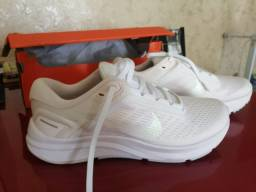 Tênis Nike Air Zoom Structure 24