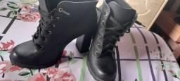 Desapego dassa bota sapatinho de luxo