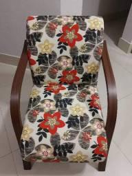 Poltrona Floral Decorativa Estampada