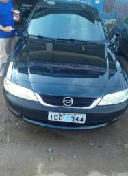 Vectra CD 2.0 Ano 97. 141 CV