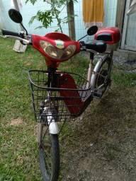 Vende se bicicleta elétrica