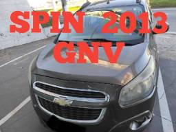SpinLtz 1.8 Aut 2013 7 Lugares c/ Gnv. Robson
