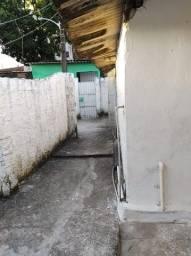 Aluga-se Casa Alto Jose do Pinho. Não Paga Luz