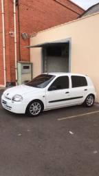Clio 1.0 modelo 2002/2003
