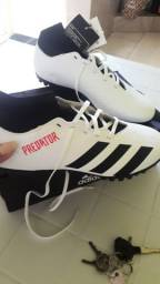 Chuteira Society Adidas Predator (NOVA!)
