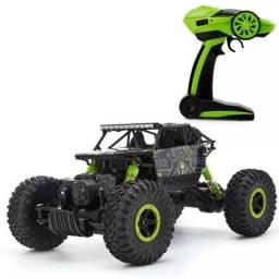 Carro controle remoto Jeep Tração 4x4 Aventura 4ch Escala 1:18