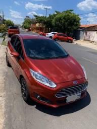 Fiesta hatch 1.5 se flex - 2014