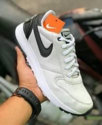 Nike retrô sem uso