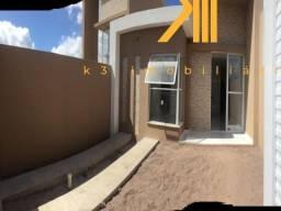 Casa em Eusébio-CE, 3 quartos sendo 2 suítes, Cozinha americana, 2 Vagas de garagem, Piso