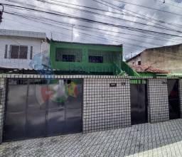 Duas casas a 120 metros da BR-101 em Abreu e Lima