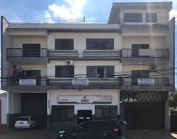 8424 | Apartamento para alugar com 3 quartos em Zona 06, MARINGÁ