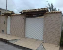 CASA LINEAR NO JARDIM CAMPOMAR, RIO DAS OSTRAS.