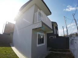 Ótimo sobrado de esquina à venda no bairro Tatuquara, com dois quartos, sala, cozinha, ban