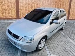 Corsa 2004/2005 1.0 Premium 8V