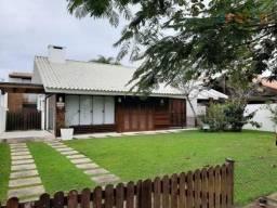 Casa com 5 dormitórios à venda, 350 m² por R$ 2.200.000 - Jurerê Internacional - Florianóp