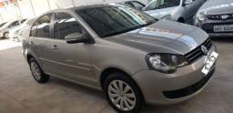 VOLKSWAGEN POLO SEDAN 1.6