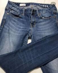 Calça jeans feminina GAP