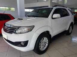 Hilux Sw4 Srv 4X4 3.0 7 Lugares 2014 - 2014