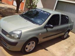 Clio sedã - 2006