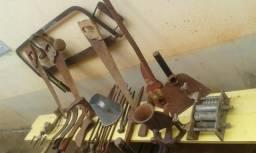 Lote com 20 peças ferramentas antiga todos 300