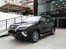 Toyota - Hilux SW4 SRX 2.8 TDI 177cv 4x4 AT Blindada 2017 - 2017