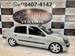 CLIO 2004/2004 1.0 AUTHENTIQUE SEDAN 16V GASOLINA 4P MANUAL - 2004