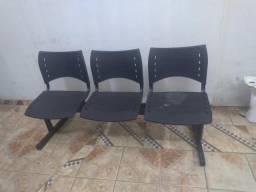 Cadeira de trio
