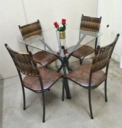 Mesa 4 cadeiras Dora