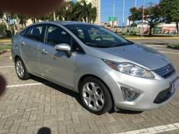 Fiesta sedan 1.5 completa - 2013