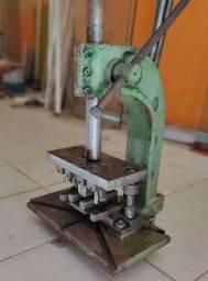 Estampadeira Esquadrias de Alumínio Linha Módulo Prático