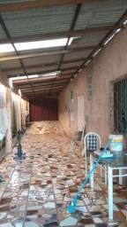 Casa com ponto comercial , Rua Beija Flor