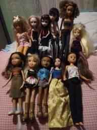 Bonecas variadas, 50 reais cada
