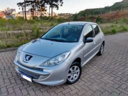 Título do anúncio: Peugeot 207 Impecável