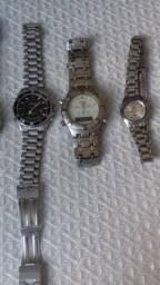 Lote de relógios para conserto ou retirada de peças